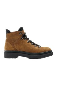 2777 boots