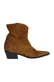 Le Marè Texan ankle boot with internal wedge and heel