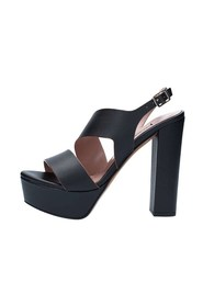3448 With heel
