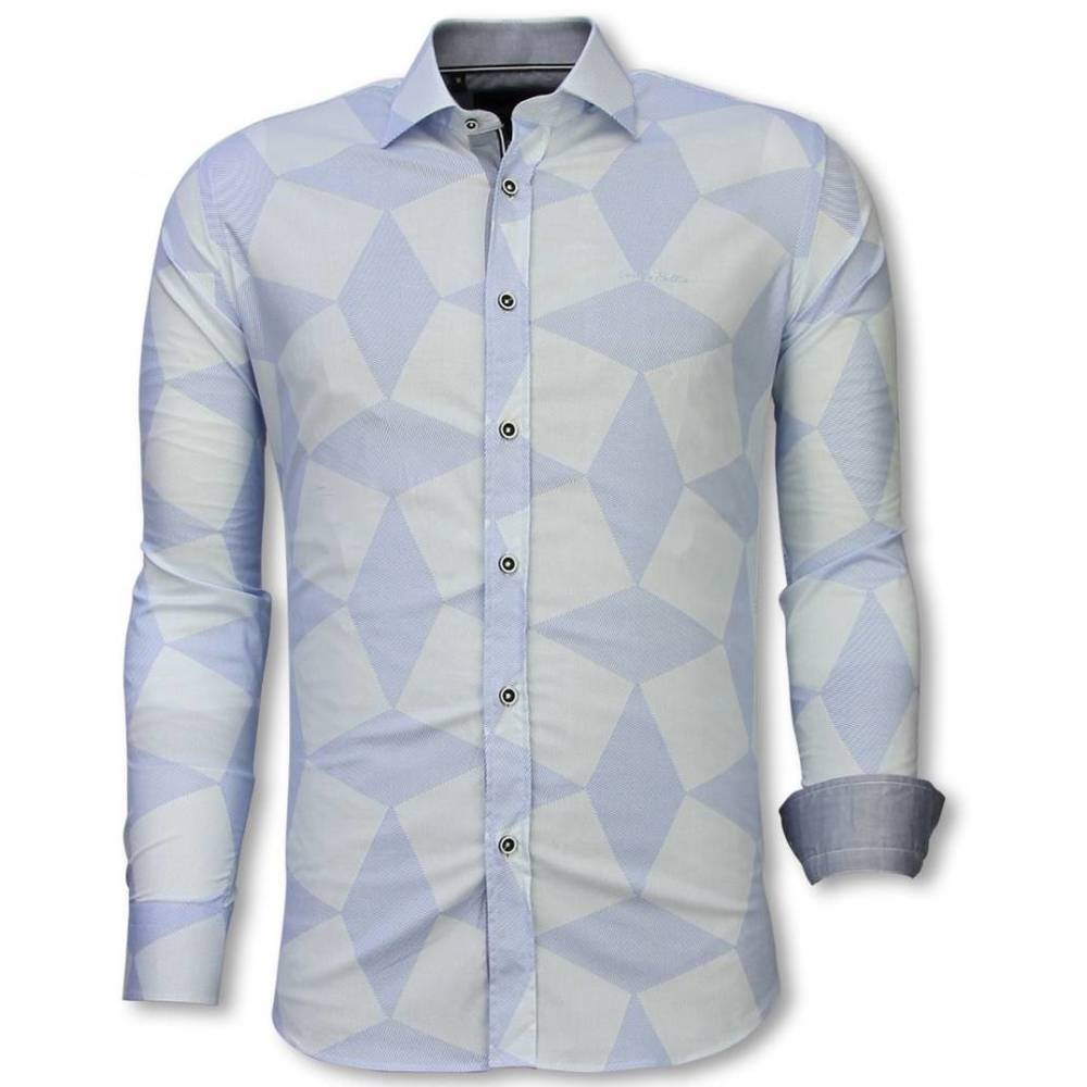 Slim Fit Shirt Line Pattern