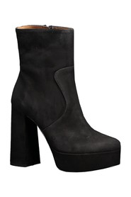 Plateau ankle boot