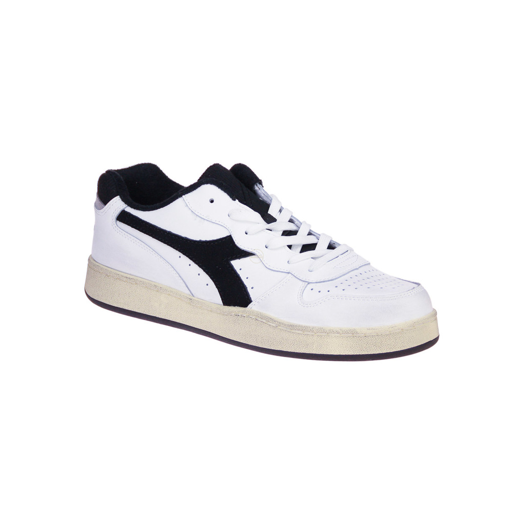 White Basket Low Used Sneakers | Diadora | Sneakers | Herenschoenen