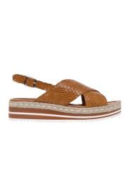 SandalI in pelle intrecciata