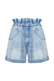 Shorts with turn-up hems