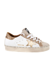 Star-patch lace-up sneakers