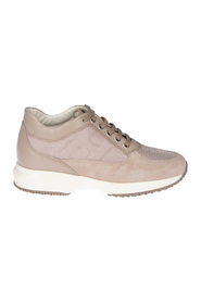 Low Top Sneakers HXW00N00E10I8ZM024