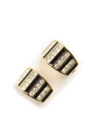 Shaped clip on earrings