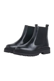 Spike Chelsea Boots