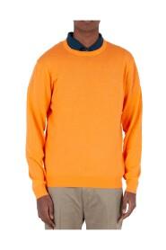 Round Neck Solid Sweater