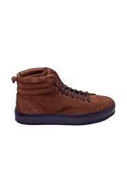 sneakers 837
