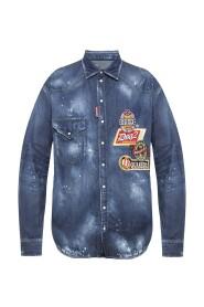 Jeansowa koszula z naszywkami