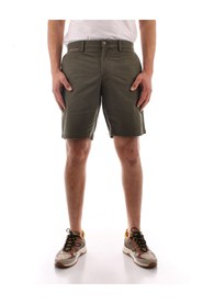 MW0MW13536 To the knee shorts