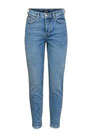 MID-WAIST CROPPED JEANS