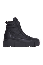 Sneaker / polish in technical fabric with logoed zip