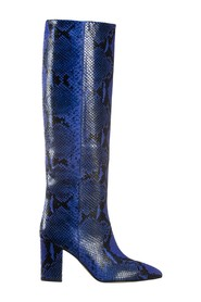 Boots with snake effect