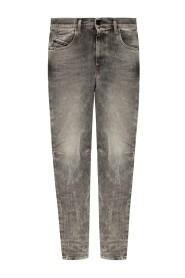 'D-Strukt' jeans