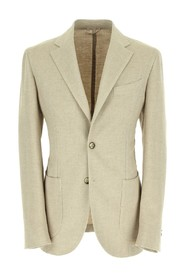 2-button jacket with patch pocket