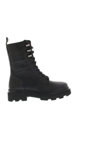 livia boots