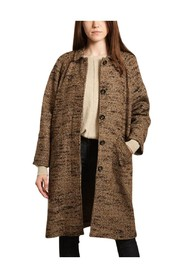 Mitaro coat with herringbone pattern