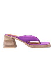 April heeled flip-flips