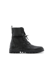 Boots1841 817212