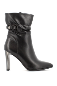 Boots 6577A20