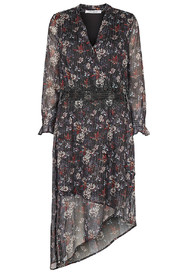 Lintha Dress