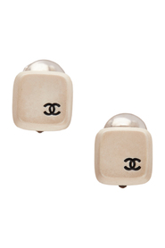 Pre-owned CC Clip-on Earrings