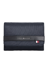 ELEVATED NYLON WASHBAG