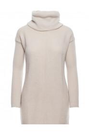 Sukienka swetrowa z golfem BK010