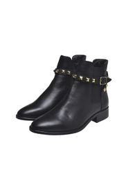 Cameron Low Cut Boot