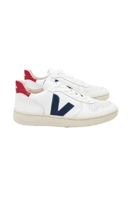 Sneakersy V-10