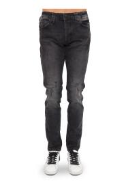 Super Straight Cut Skull Jeans