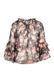 ]Kallie Blouse With Ruffles