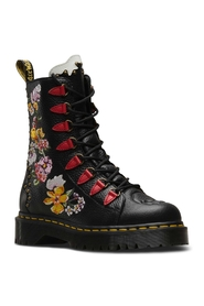 Dr. Martens Nyberg Black Aunt Sally