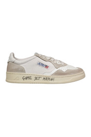 Action Low Sneakers