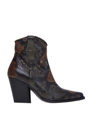 Texan ankle boot in python print leather