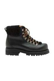 Sanna Pull Up Boots