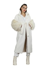 Long fur coat with fluffy sleeves
