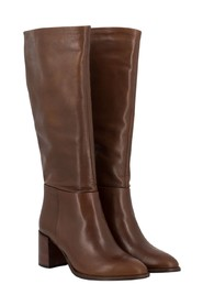 Boots with wooden heel
