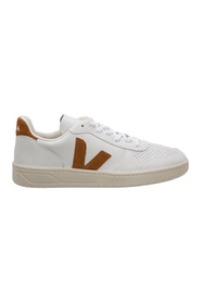 Shoes leather trainers sneakers V-10