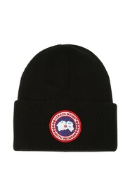 Wool hat with a logo