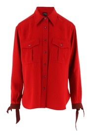 Cady shirt with two patch pockets with button