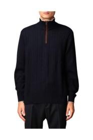 Sweter z zamkiem błyskawicznym i skórzanymi wstawkami