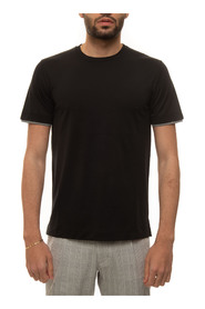 Short-sleeved round-necked T-shirt