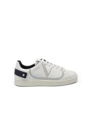 Backnet sneakers