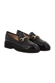 Coconut-effect loafers
