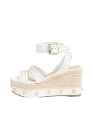 Latanya Wedges
