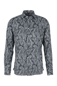 Shirt with a paisley pattern