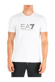 short sleeve t-shirt crew neckline jumper